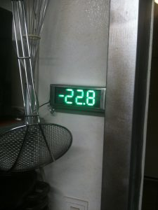 Fake_Thermometer